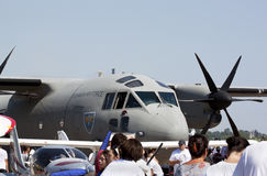 Militärt flygplan Fotografering för Bildbyråer