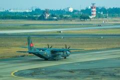 Militärt lastflygplan för CASA C-295M arkivbilder