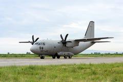 Militärtransportflugzeug stockfotografie