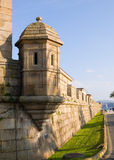 MilitärWachturm und Wand Stockbild