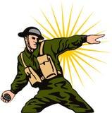 Militair die een granaat werpt Stock Foto
