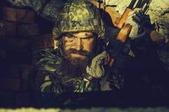 Militair met boos gezicht royalty-vrije stock afbeeldingen
