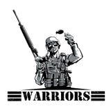 Militair met geweer en granaat Stock Foto