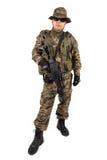 Militair met geweer op een witte achtergrond Royalty-vrije Stock Foto's