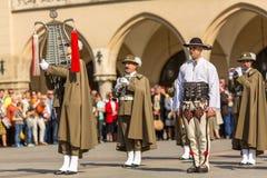 Militair orkest op hoofdvierkant tijdens jaarlijkse Poolse nationaal en officiële feestdag de Grondwetsdag Royalty-vrije Stock Foto