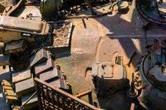 Militaire achtergrond - een fragment van de toren van de oude tank royalty-vrije stock foto