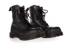 Militaire geïsoleerdes stijl zwarte laarzen Stock Foto's