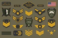 Militaire kentekens en van legerflarden typografie Militair van de borduurwerkchevron en speld ontwerp voor grafische t-shirt royalty-vrije illustratie