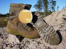 Militaire laarzen voor mensen Worden gebruikt voor materiaal en speciale strijdkrachten details royalty-vrije stock fotografie