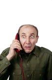 Militaire mens die op de telefoon spreekt Royalty-vrije Stock Foto's