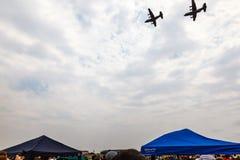 Militaire SANDF toont bij een vliegveld Stock Foto
