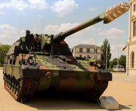Militaire tank Duitse gepantserd - houwitser 2000 Stock Afbeelding