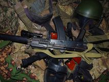 militaire uitrusting van een vechter van een speciaal detachement van snelle reactie stock fotografie