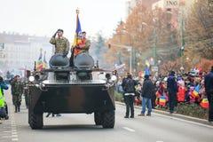 12/01/2018 - Militaire vormingen die de Roemeense Nationale Dag in Timisoara, Roemenië vieren royalty-vrije stock foto's