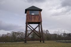 Militaire watchtower in een concentratiekamp royalty-vrije stock foto