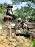 Militairen in actie Royalty-vrije Stock Foto's