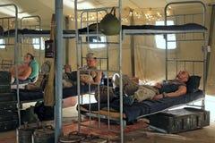Militairen in barakken Royalty-vrije Stock Foto's