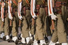 Militairen op Parade Stock Fotografie