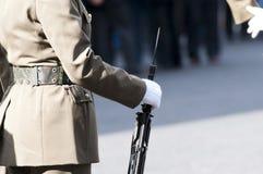 Militaires italiens pendant une cérémonie Images stock