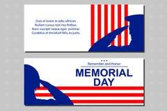 Militairsilhouet die de vlag van de V.S. groeten voor herdenkingsdag Affiche of bannersillustratie Stock Fotografie