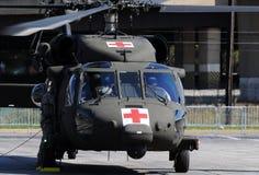 militari dell'elicottero dell'evacuamento Fotografia Stock