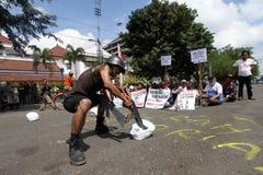 Militari di nonviolenze immagini stock libere da diritti