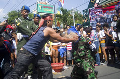MILITARI INDONESIANI PER COMBATTERE LE MINACCE ESTERNE DELLO STATO ISLAMICO Fotografia Stock Libera da Diritti