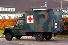 Militarna śródpolna karetka Zdjęcie Royalty Free