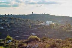 Militarna baza przy górą przy zmierzchu czasem, Izrael, Samaria zdjęcia royalty free