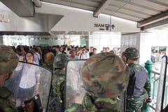 Militarny żołnierz ściany bloking Obrazy Royalty Free