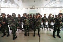 Militarny żołnierz ściany blokingu skywalk Obraz Royalty Free