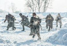 Militarny dziejowy reenactment 'Aleksander Matrosov'wyczyn Obraz Stock