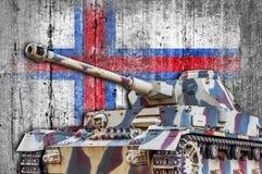 Militarny zbiornik z betonową Faroe wysp flaga Obrazy Royalty Free