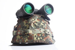 Military helmet and binoculars Royalty Free Stock Photos
