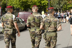 Military patrol in Paris against the risk of terrorist attack Royalty Free Stock Photos