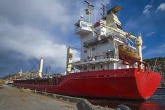 Milivoltio landy, tipo de la nave: cargo general, bandera: Noruega Foto de archivo