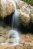 Miljö av vattenfallet i sommar Royaltyfri Bild
