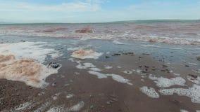 Miljö- problem, skum bildas i vattnet arkivfilmer
