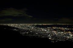 10 miljon dollar nattsikt av Kobe Arkivfoton