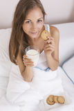Milk and cookies for breakfast Royalty Free Stock Photography
