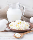 Milk and fresh eggs Royalty Free Stock Images