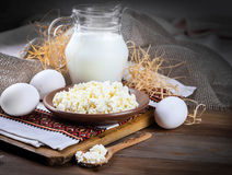 Milk and fresh eggs Royalty Free Stock Photos