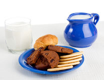 Milk and pastry Stock Photography