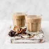 Milk shake da data com canela foto de stock