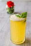 Milk shake persa do açafrão com folhas da manjericão Imagens de Stock Royalty Free