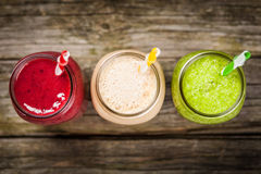 Milkshakar och smoothies royaltyfri fotografi