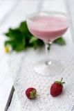 milkshake φράουλα Στοκ φωτογραφία με δικαίωμα ελεύθερης χρήσης