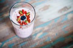 Milkshake de Smoothie de fruit Photographie stock libre de droits