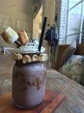 Milkshake de smores de chocolat de Nutella image stock