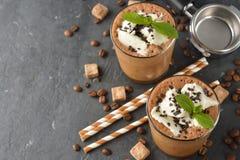 Milkshake met koffie en roomijs royalty-vrije stock fotografie